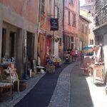 Brocante markten Puy de Dome Auvergne Frankrijk Arc de l amour